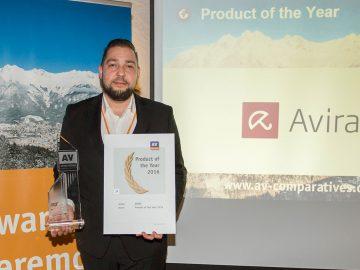 Product of the Year, Produkt des Jahres, Produit de l'année, Prodotto dell'anno