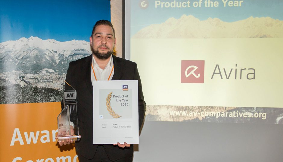 Product of the Year, Produkt des Jahres, Produit de l'année, Prodotto dell'anno