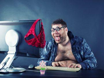 Seven brief ways not to hang your virtual underwear out in public, virtuelle Unterwäsche, spogliarello virtuale, nu virtuel