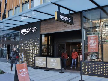 The pros and cons of the high-tech store of Amazon Go