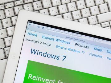 Windows 7 device with keyboard