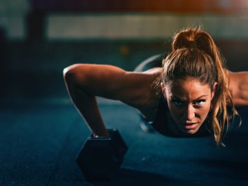 Crossfit Girl pushups with Device