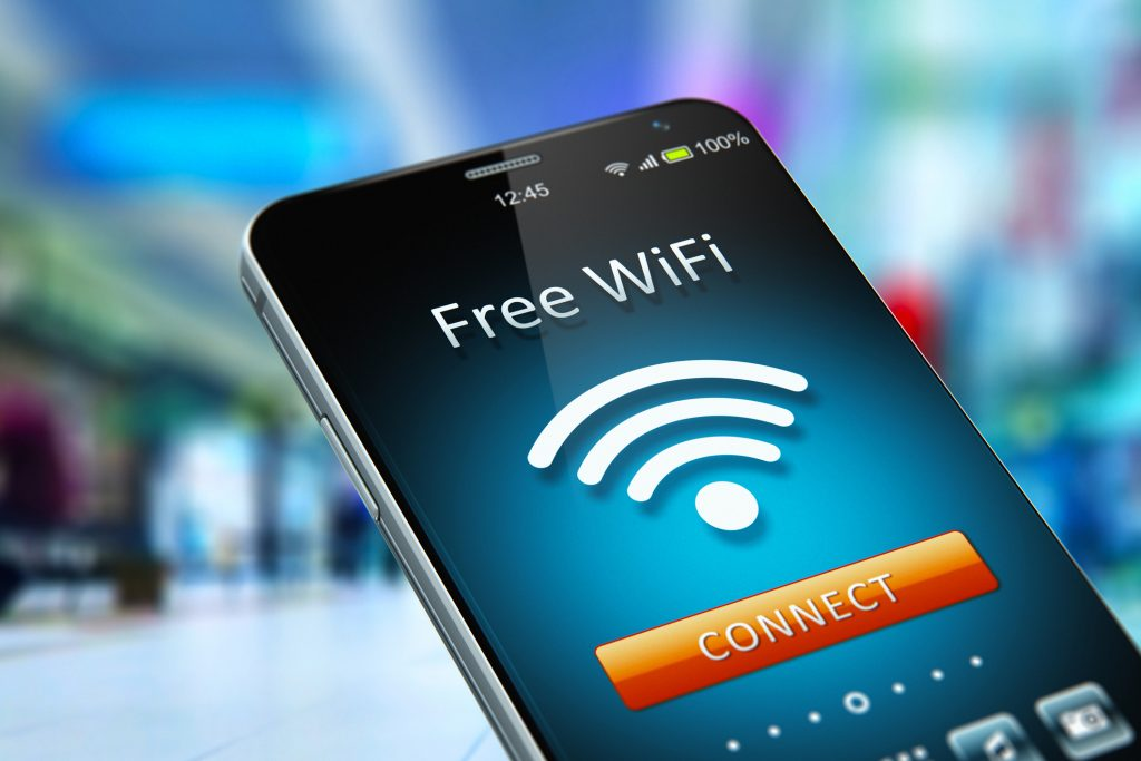 Free Wi-Fi: Learn how to access accounts securely during vacation