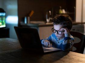 As crianças e os perigos da tecnologia: estamos cientes dos riscos?
